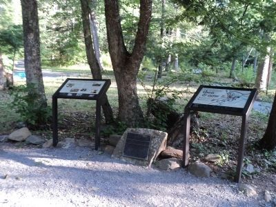 Markers at Rapidan Camp image. Click for full size.