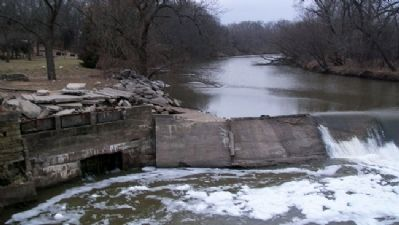 Cottonwood River Dam and Mill Walls image. Click for full size.