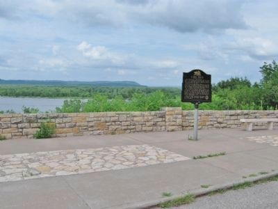 Lake Pepin and Nearby Historical Marker image. Click for full size.