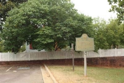 White HouseTract (Ezekiel Harris House Museum),and Marker, seen at the parking lot image. Click for full size.