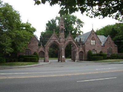 Mount Pleasant Cemetery entrance. image. Click for full size.