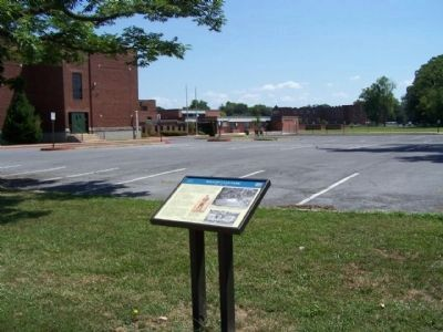 Willow Lane Park Marker and Bester Elementary School today image. Click for full size.