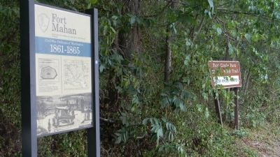 Fort Mahan Marker image. Click for full size.