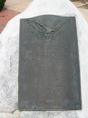 Newington World War I Monument image. Click for full size.