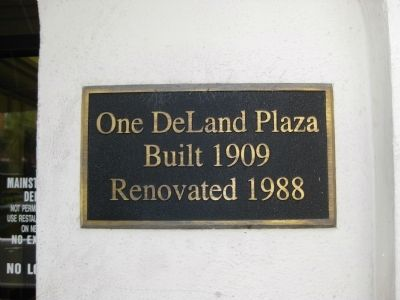 One DeLand Plaza Sign image. Click for full size.