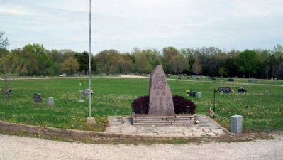 Arnold Post No. 46 Veterans Memorial image. Click for full size.