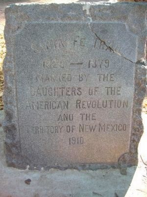 The Santa Fe Trail D.A.R. Marker image. Click for full size.
