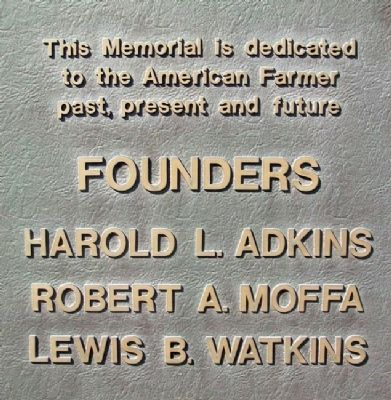 National Farmers Memorial Founders image. Click for full size.