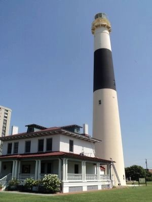 Absecon Lighthouse image. Click for full size.