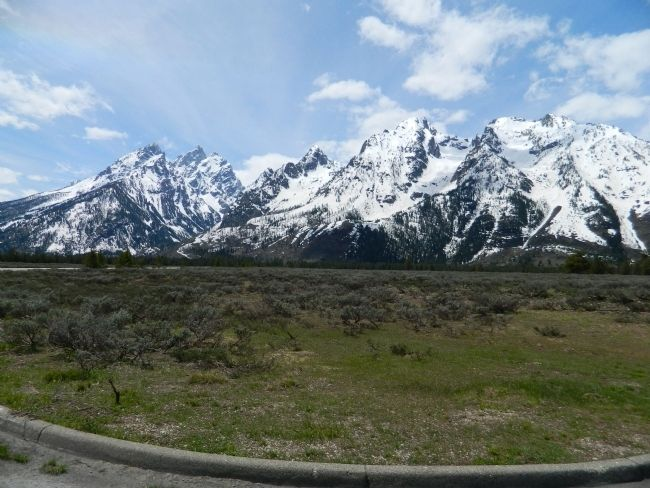 The Grand Tetons image. Click for full size.