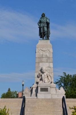 Samuel Champlain Monument image. Click for full size.
