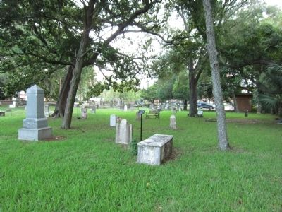 Huguenot Cemetery image. Click for full size.