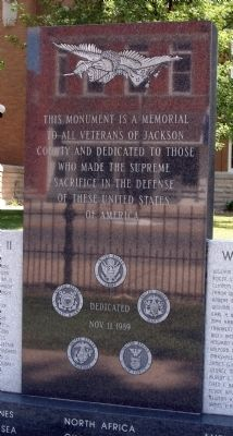 Center - Front - - All Veterans Honor Roll Memorial Marker image. Click for full size.