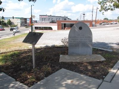 Rossville High Alumni Veteran's Memorial image. Click for full size.