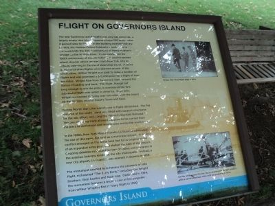 Flight on Governors Island Marker image. Click for full size.