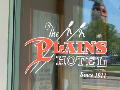 Historic Plains Hotel image. Click for full size.