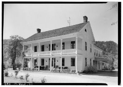 Wolf Creek Tavern image. Click for full size.
