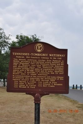 Tennessee ~Tombigbee Waterway Marker image. Click for full size.