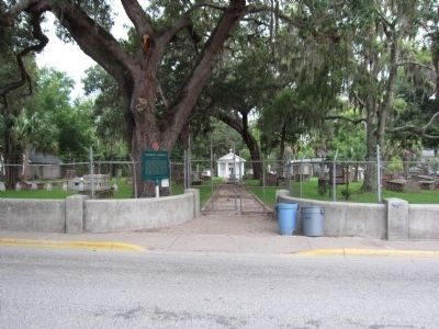 Tolomato Cemetery Entrance image. Click for full size.