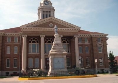 East Side - - Dubois County Courthouse image. Click for full size.