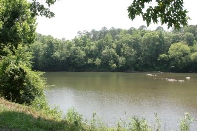 Looking upriver along the Tallapoosa River. image. Click for full size.
