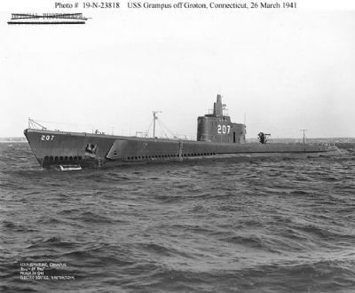 USS Grampus (SS-207) image. Click for full size.
