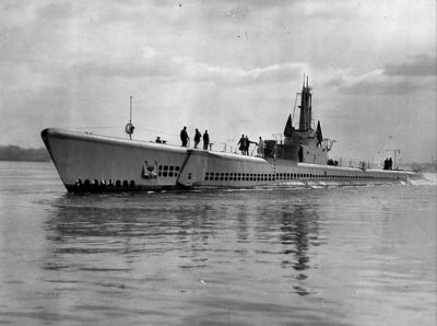 USS Escolar (SS-294) image. Click for full size.