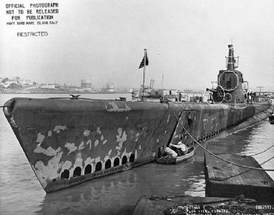 USS Harder (SS-257) image. Click for full size.