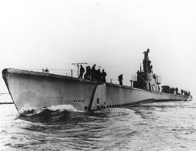 USS Lagarto (SS-371) image. Click for full size.