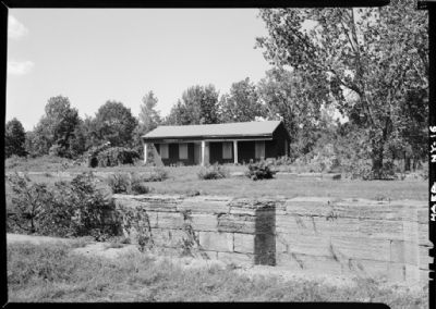 Putman's Lock Grocery before Restoration image. Click for full size.