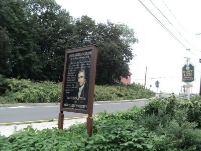 Marker in Fort Lee image. Click for full size.