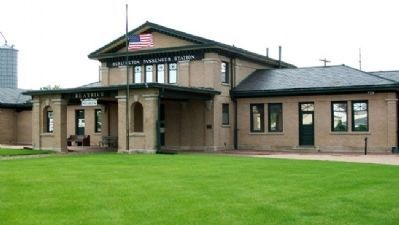 Former Burlington Route Railroad Depot image. Click for full size.