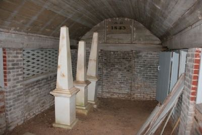 Inside view of the Airmount Grave Shelter. image. Click for full size.