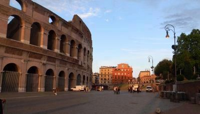 Piazza del Colosseo, south. image. Click for full size.