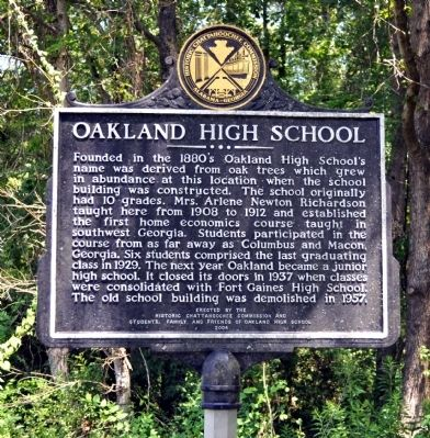 Oakland High School Marker image. Click for full size.