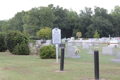 Marker in Front of Grove Hill Cemetery image. Click for full size.