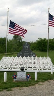Highland Cemetery Veterans Memorial image. Click for full size.