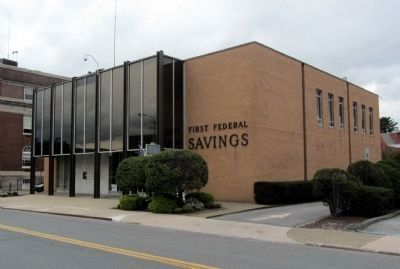 Hotel Site Marker stands in front of First Federal Savings of Middletown building. image. Click for full size.