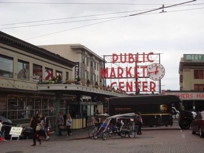 The Pike Street Market from First Avenue image. Click for full size.