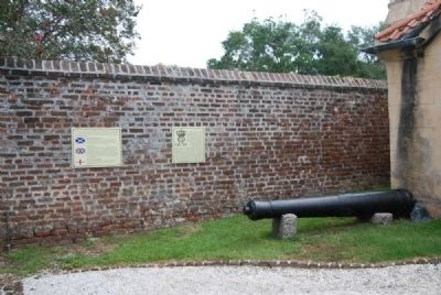 The Two Cannons Marker<br>Left Cannon image. Click for full size.
