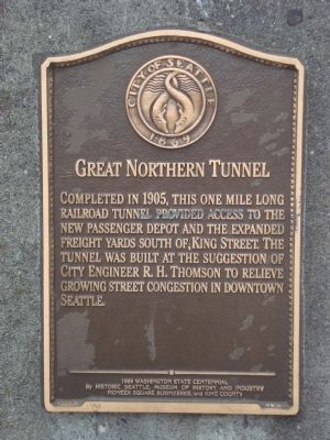 Great Northern Tunnel Marker image. Click for full size.