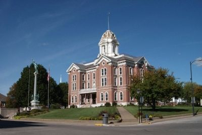 South/West Corner - - Posey County Courthouse image. Click for full size.