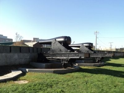 Rodman Guns at the South Battery image. Click for full size.