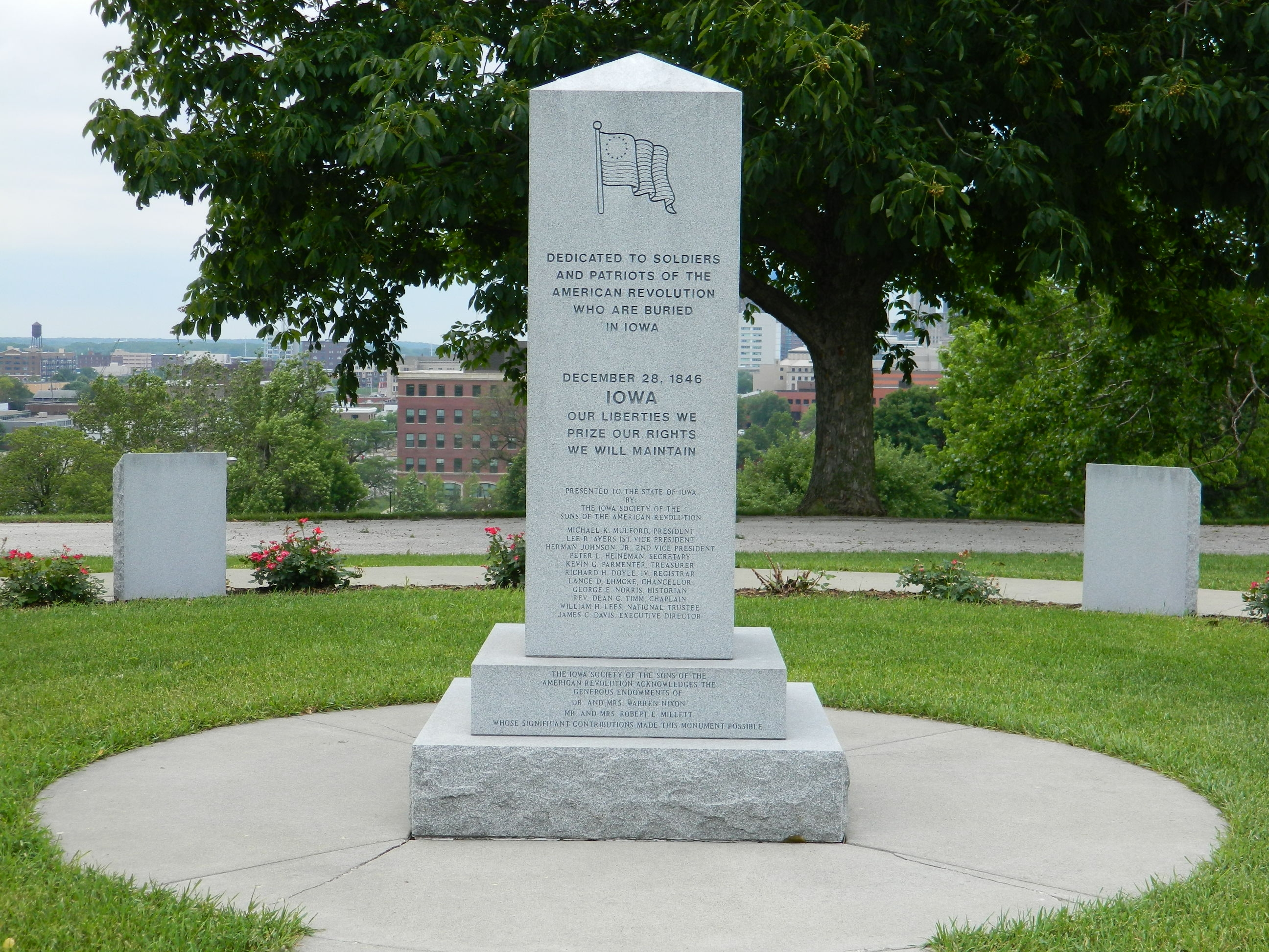 Iowa Revolutionary War Monument