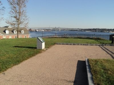 Marker in Fort Trumbull State Park image. Click for full size.