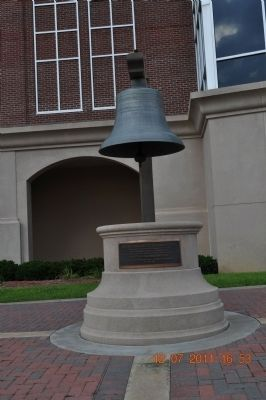 1905 Houston County Courthouse Bell Marker image. Click for full size.
