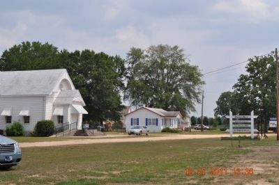 Oswichee Baptist Church image. Click for full size.