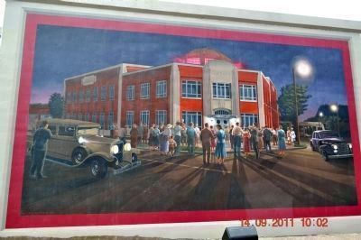 Paducah Coca-Cola Bottling Company Mural image. Click for full size.