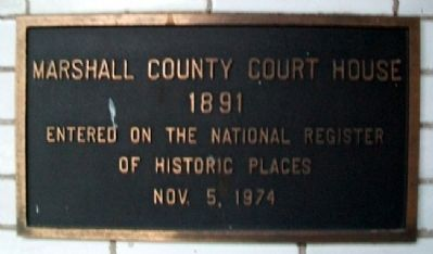 Marshall County Court House NRHP Marker image. Click for full size.