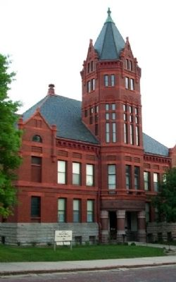 Marshall County Court House image. Click for full size.